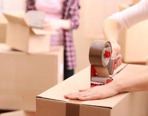 Beim Umzug kosten Decken - das gelingt mit der Mietkautionsbürgschaft ganz ohne Kredit.