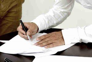 Beim Erbbaurecht Vertrag müssen Sie viele Details beachten.