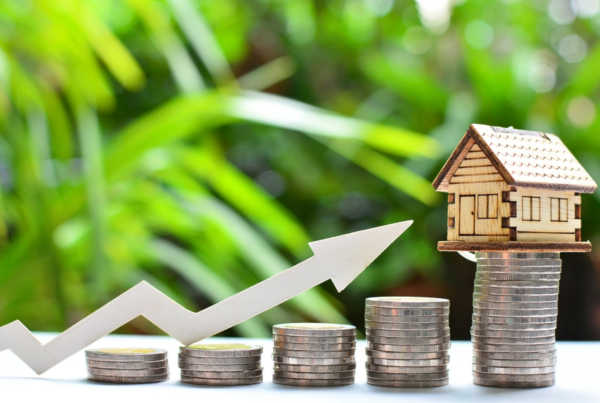 Wie viel Eigenkapital ist bei der Baufinanzierung nötig?